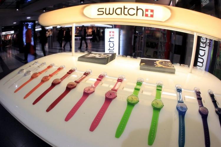 Фото - Swatch и Visa предлагают оплачивать покупки с помощью наручных часов»